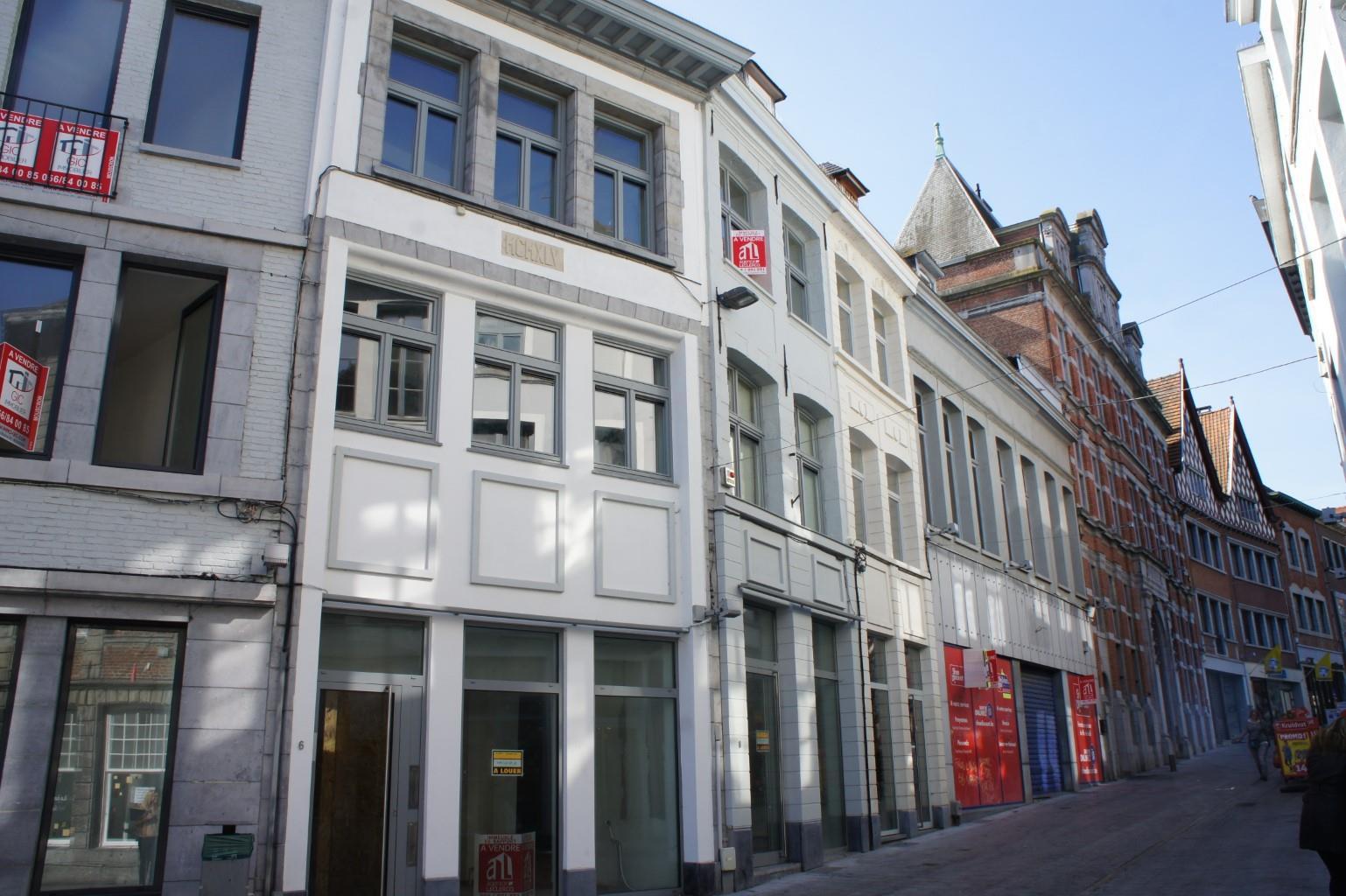 Immeuble mixte - Tournai - #2988531-0