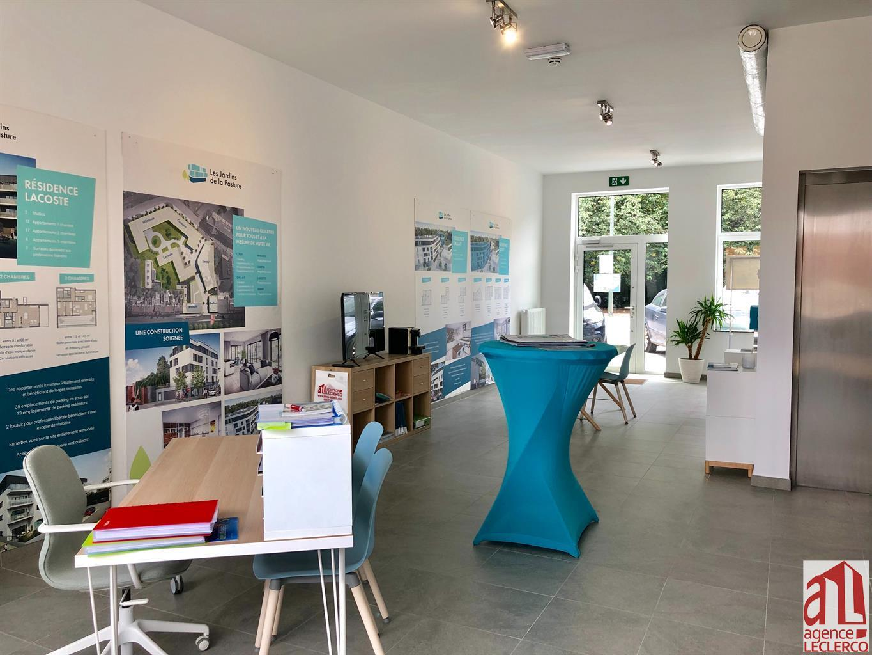 Immeuble de bureaux - Tournai - #4185785-4
