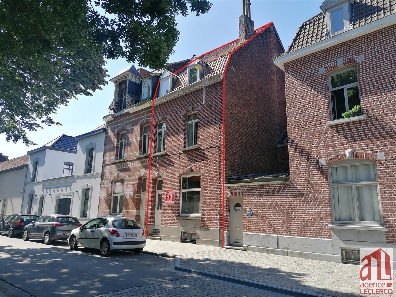 Immeuble à appartements - Tournai - #4379717-0