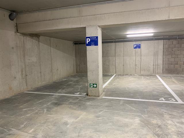 Garage / parking te huur in Schelle