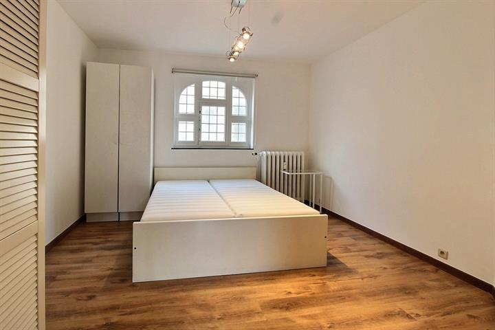 Gelijkvloerse verdieping - Bruxelles - #4155895-6