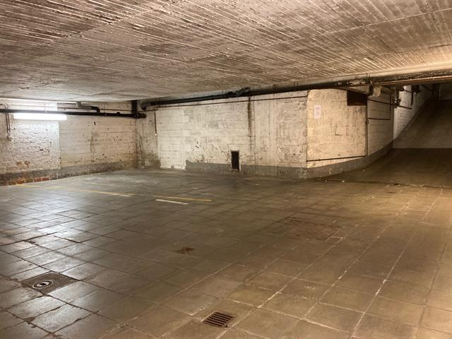 Garage / parking - rented - 1180 Uccle
