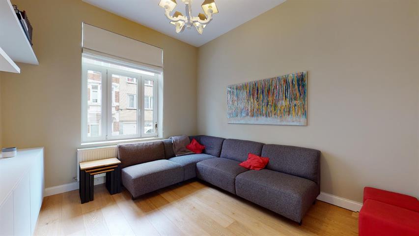 House - Etterbeek - #4359156-7
