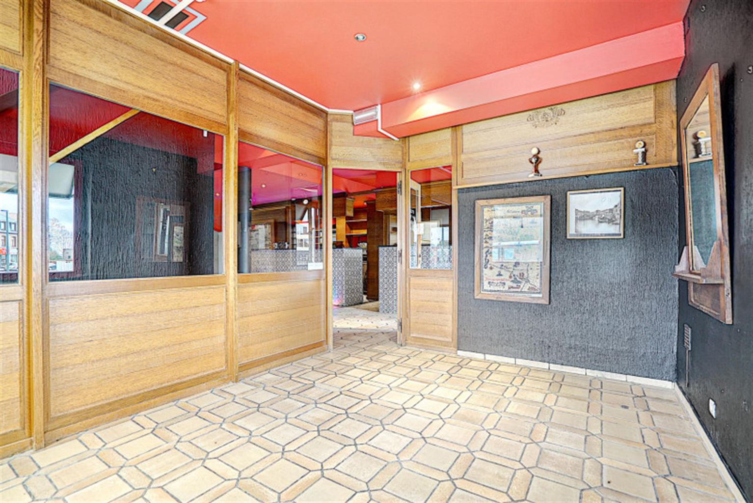 Immeuble commercial - Nandrin - #4257172-1