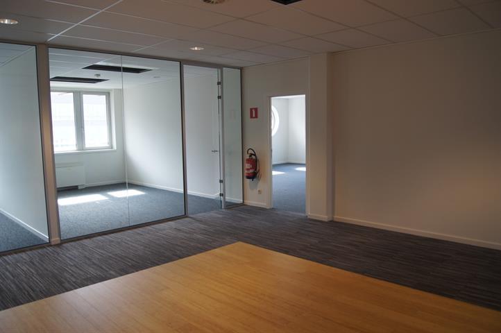 Immeuble de bureaux - VILVOORDE - #2974474-6