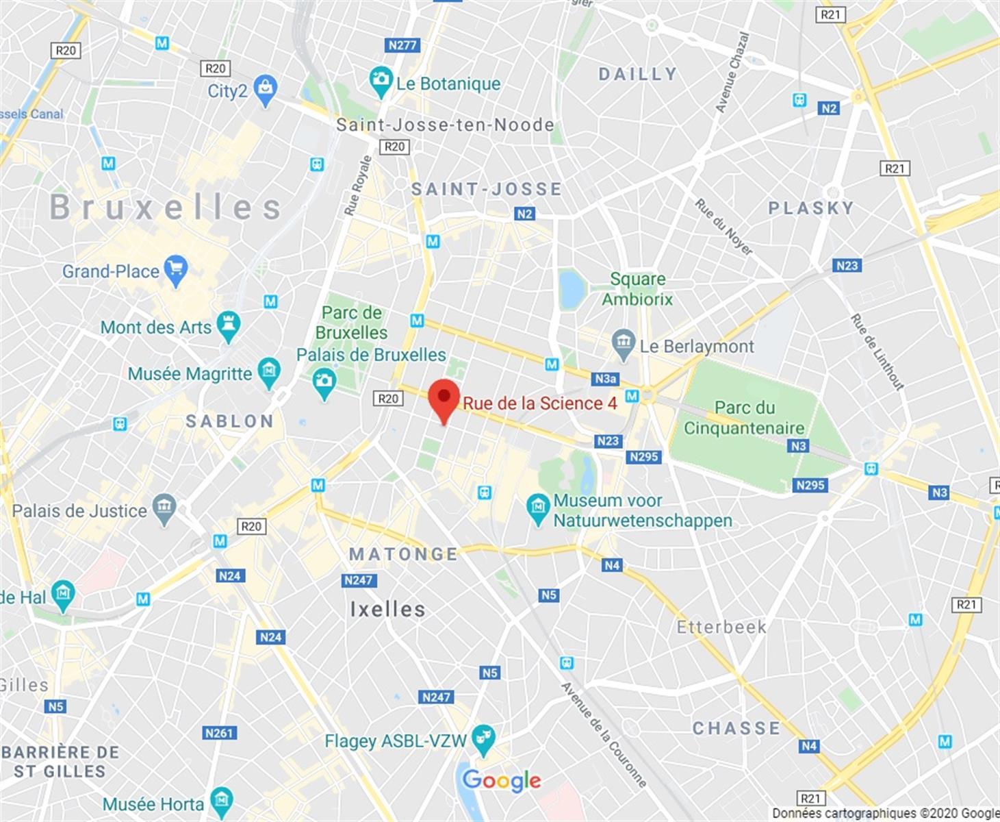 LUCIA SCIENCE 4 - Bruxelles - #2974679-3