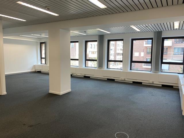 Immeuble de bureaux - Ixelles - #2974931-2