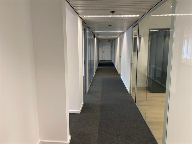 Immeuble de bureaux - Ixelles - #2974931-4