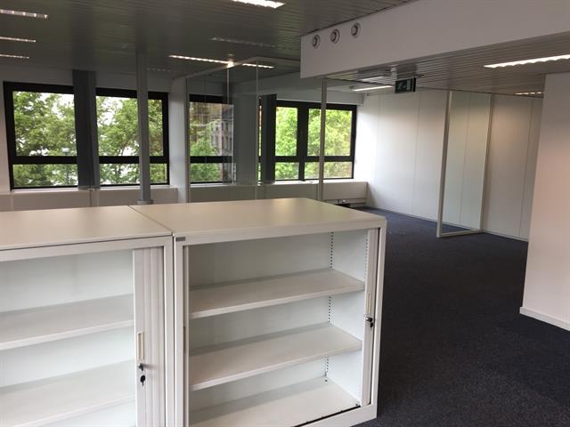 Immeuble de bureaux - Ixelles - #2974931-10