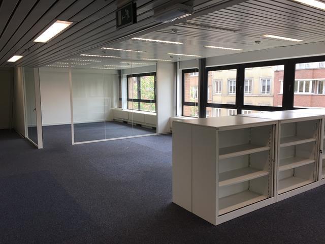 Immeuble de bureaux - Ixelles - #2974931-9
