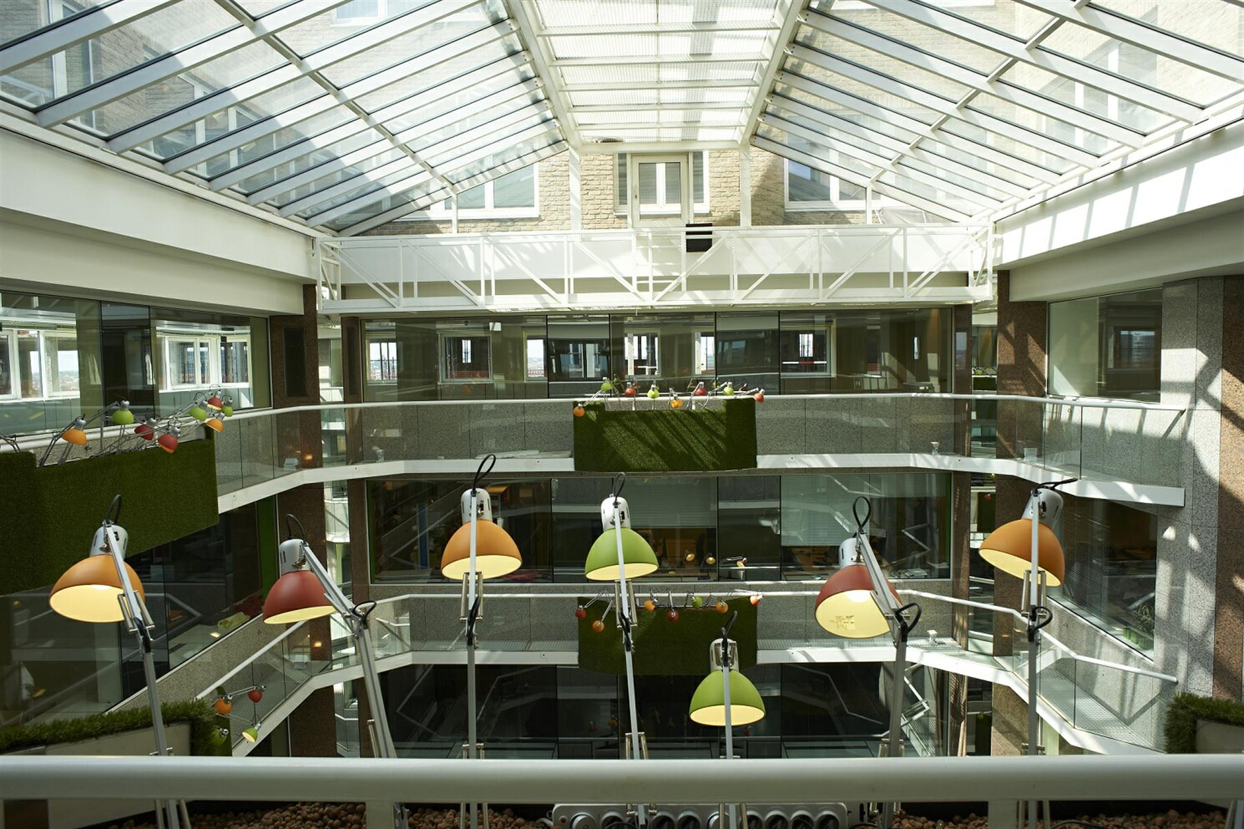 ROYAL CENTER OFFICE  ROYAL 180 - Bruxelles - #2974933-1