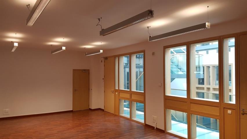 Kantoorgebouw - Schaerbeek - #4051790-2