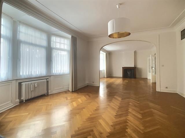 Appartement - Etterbeek - #4171873-1