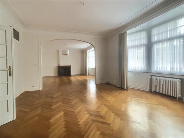 Appartement - Etterbeek - #4171873-0