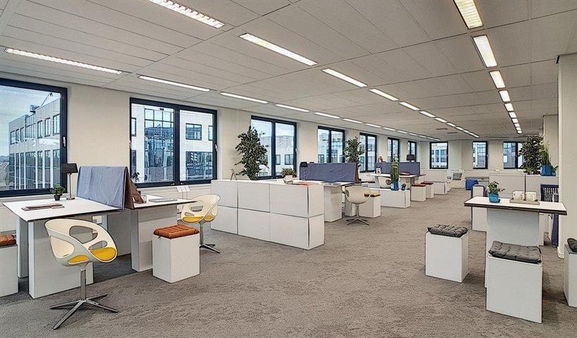 Immeuble de bureaux - Zaventem - #4210545-1