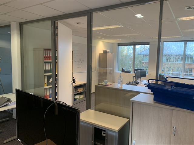 Immeuble de bureaux - Braine-l'Alleud - #4252830-2