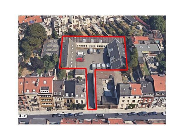 Kantoorgebouw - Schaerbeek - #4303266-0