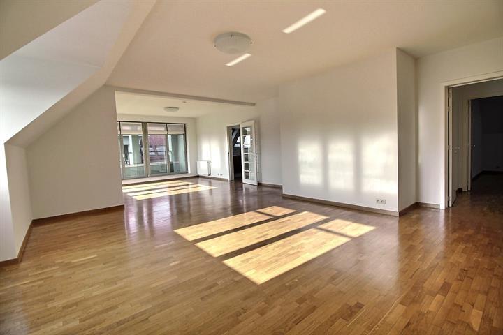 Appartement - Woluwe-Saint-Pierre - #4315415-9
