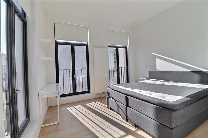 Appartement - Saint-Josse-ten-Noode - #4343413-9
