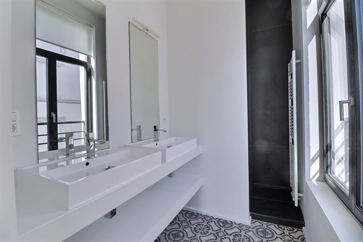 Appartement - Saint-Josse-ten-Noode - #4343413-7