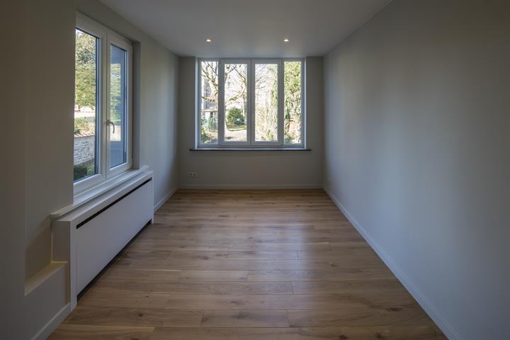 Huis - Etterbeek - #4366956-7