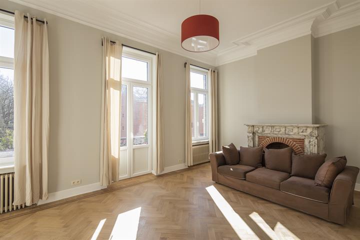 Huis - Etterbeek - #4366956-8