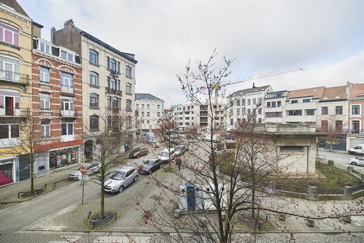 Kantoorgebouw - Anderlecht - #4382192-0