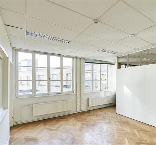 Kantoorgebouw - Anderlecht - #4382192-1