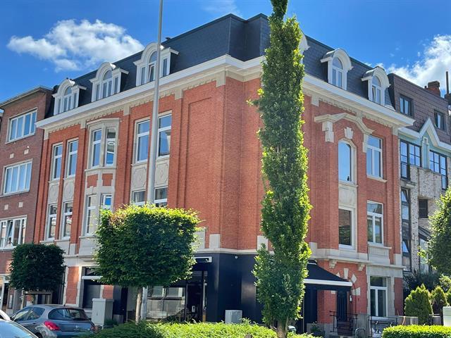Appartement - Woluwe-Saint-Pierre - #4389886-0
