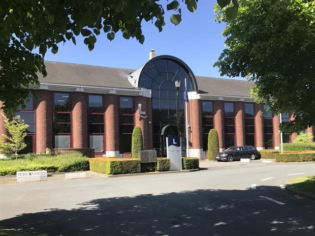 Kantoorgebouw - Anderlecht - #4446363-0