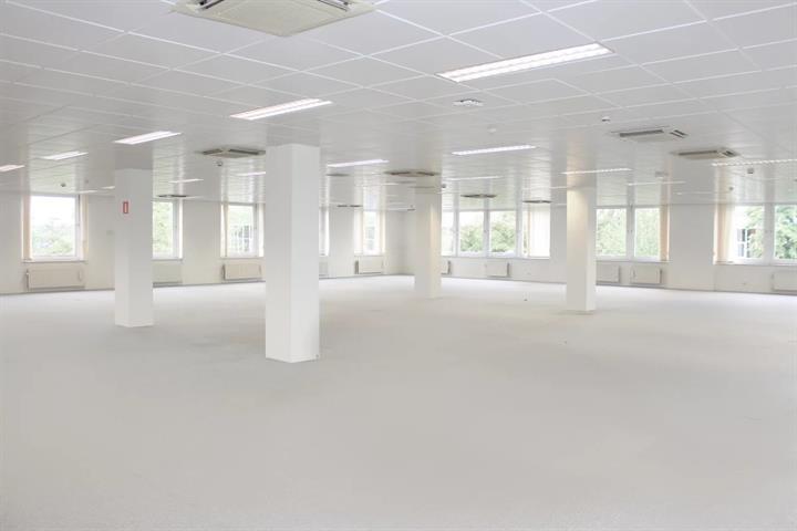 Kantoorgebouw - Anderlecht - #4447135-2