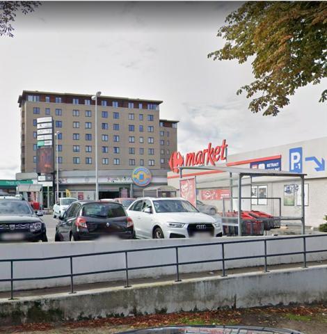 Commercial building - Etterbeek - #4534477-1
