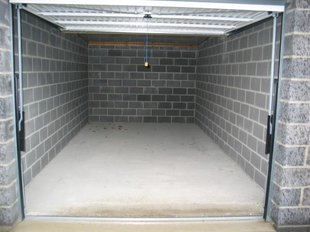 Garage (ferme) - Mettet - #2407302-3