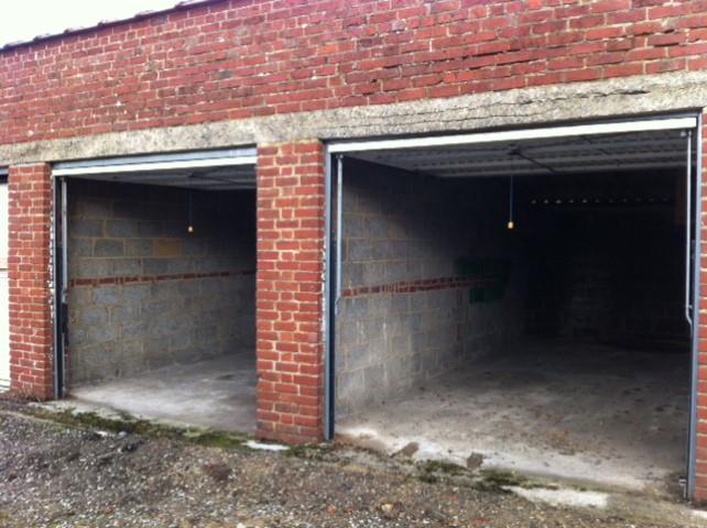 Garage (ferme) - Châtelet Bouffioulx - #3014028-1