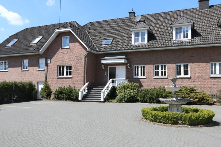 Rez-de-chaussée - Raeren Eynatten - #2474474-0