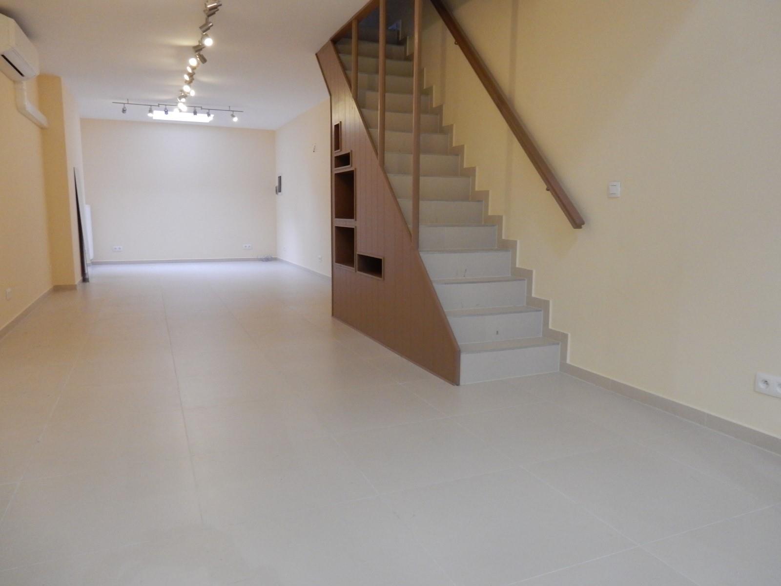 Commercial groundfloor - Etterbeek - #3645209-1