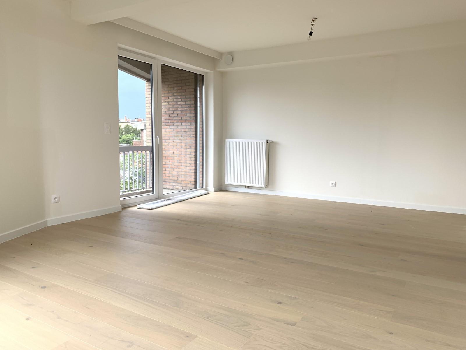 Exceptional apartment  - Schaerbeek - #3964876-2