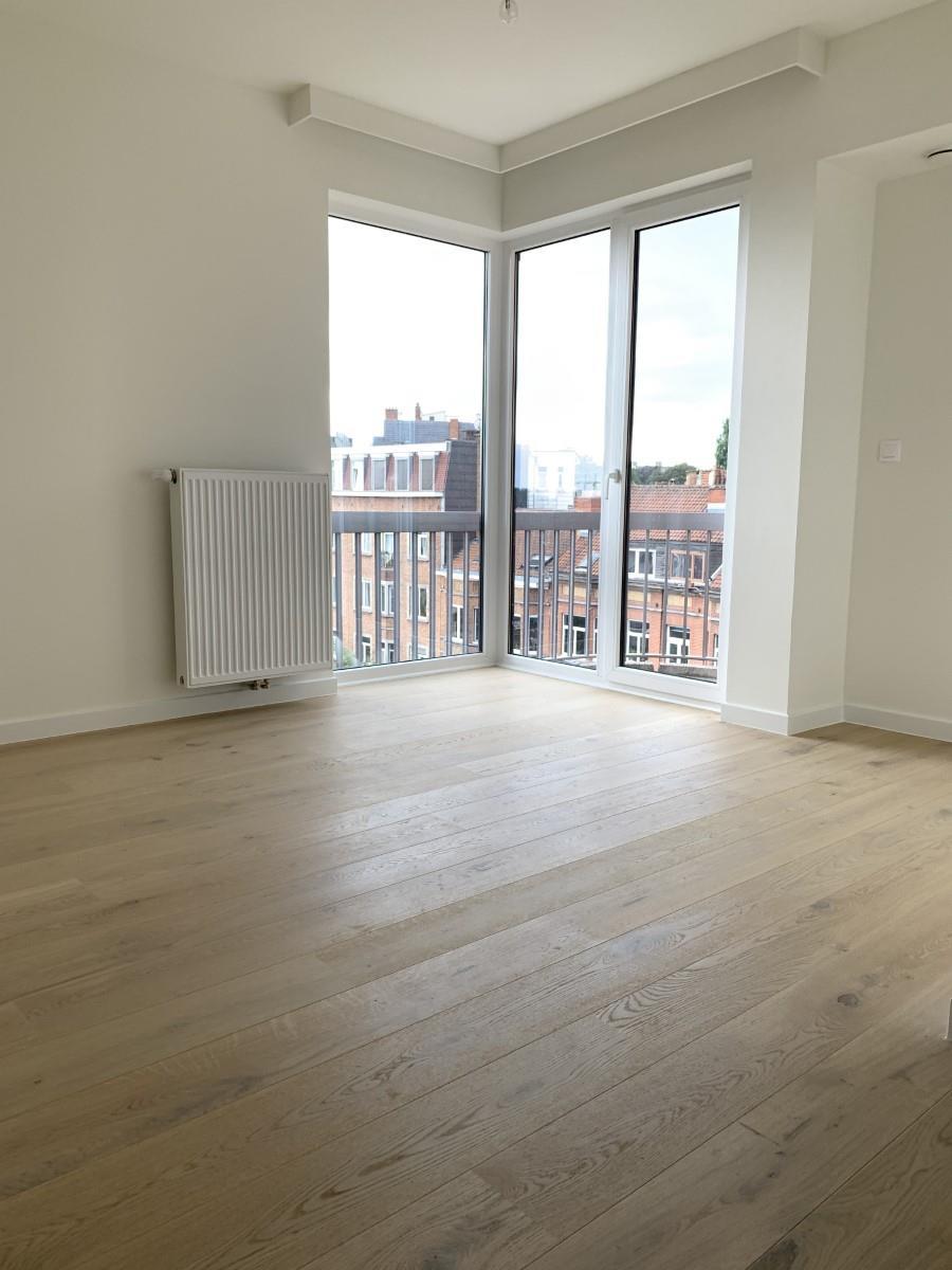 Exceptional apartment  - Schaerbeek - #3964876-25