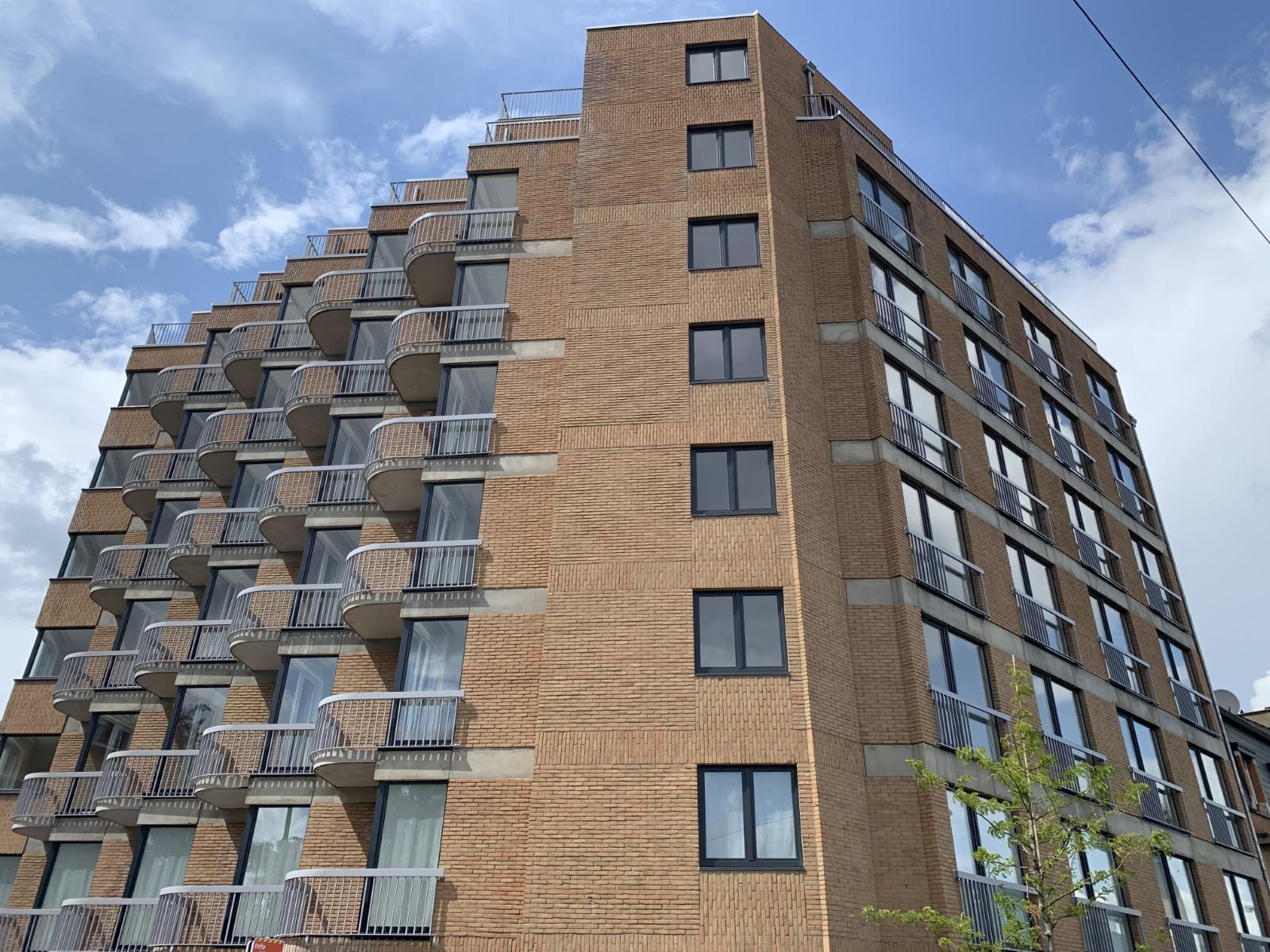 Exceptional apartment  - Schaerbeek - #3964876-26