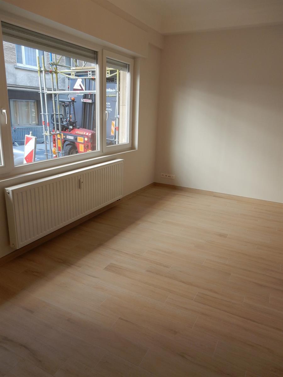 Ground floor - Bruxelles - #4137613-2