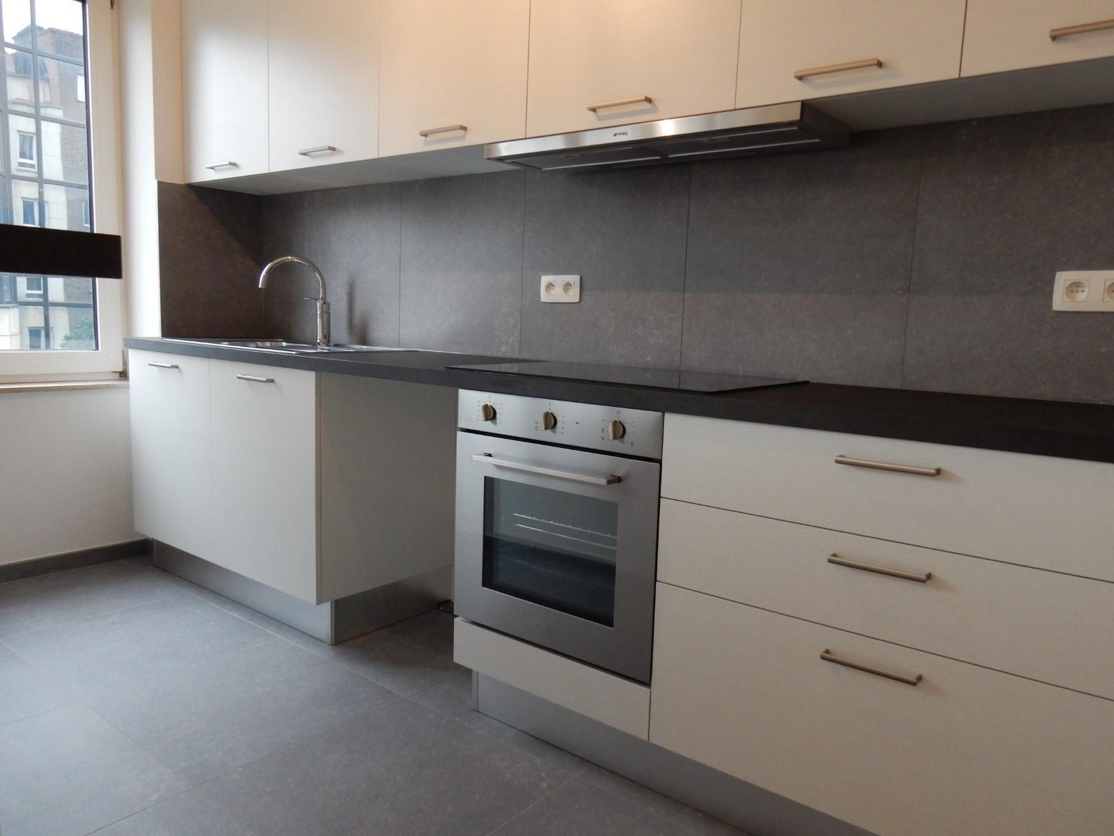 Appartement - Schaerbeek - #4137628-4