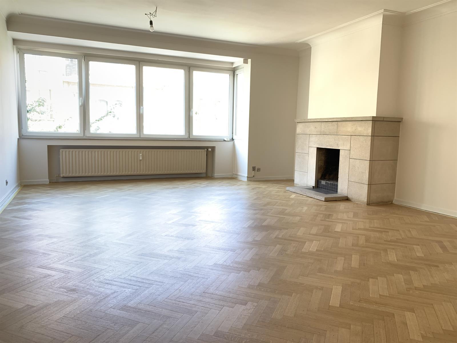 Appartement - Schaerbeek - #4148340-0