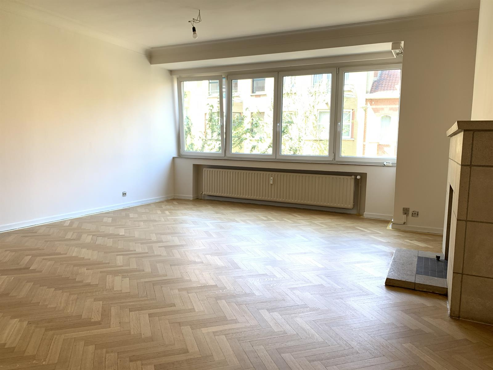 Appartement - Schaerbeek - #4148340-2
