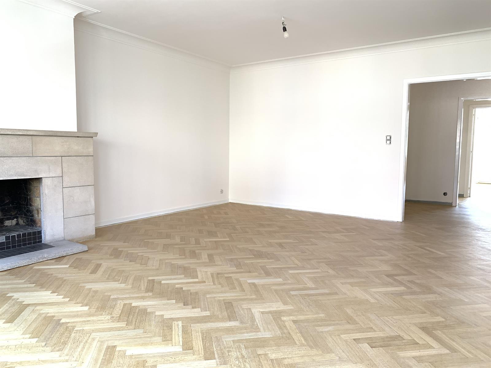 Appartement - Schaerbeek - #4148340-1