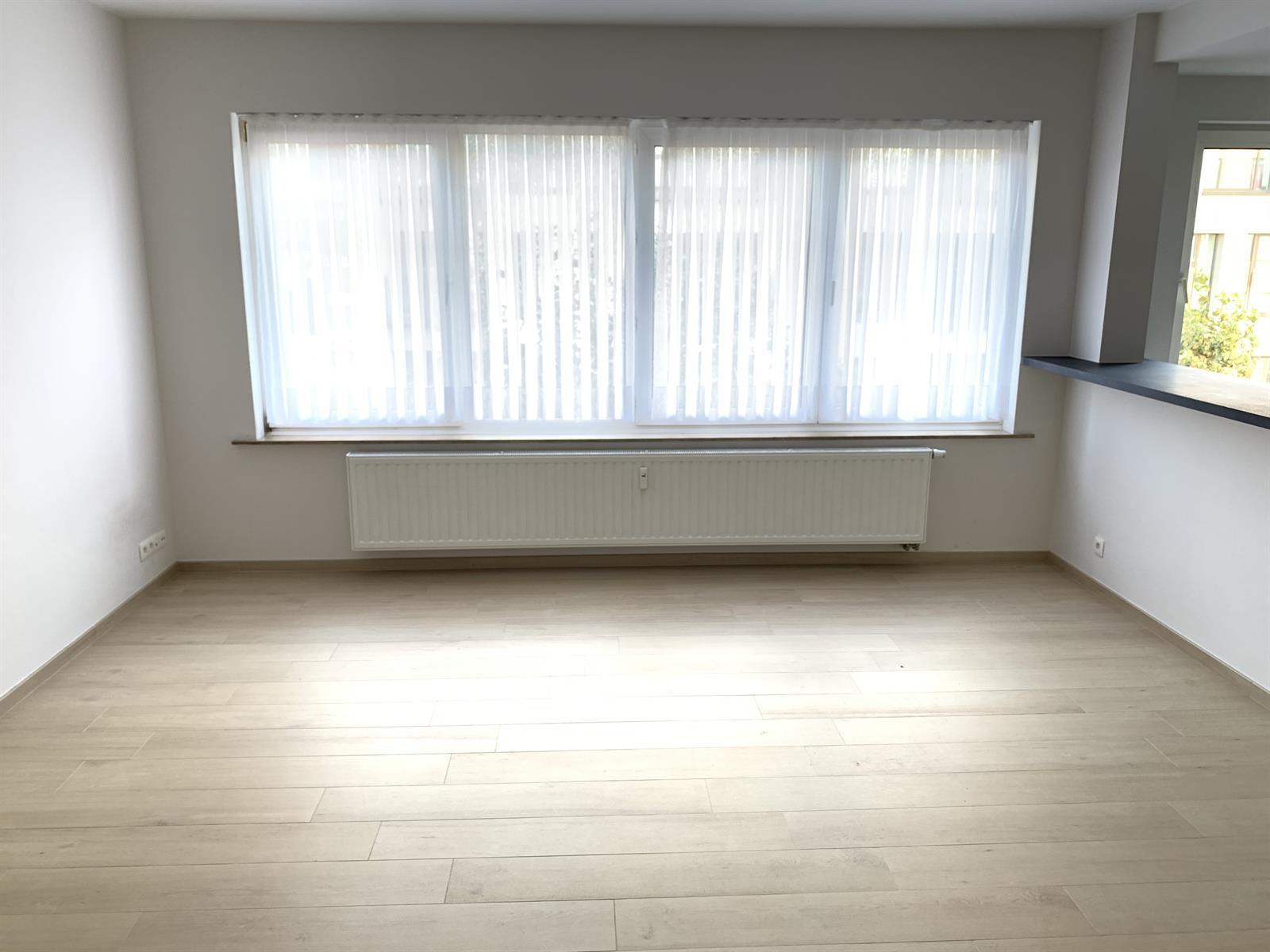 Flat - Schaerbeek - #4199444-3