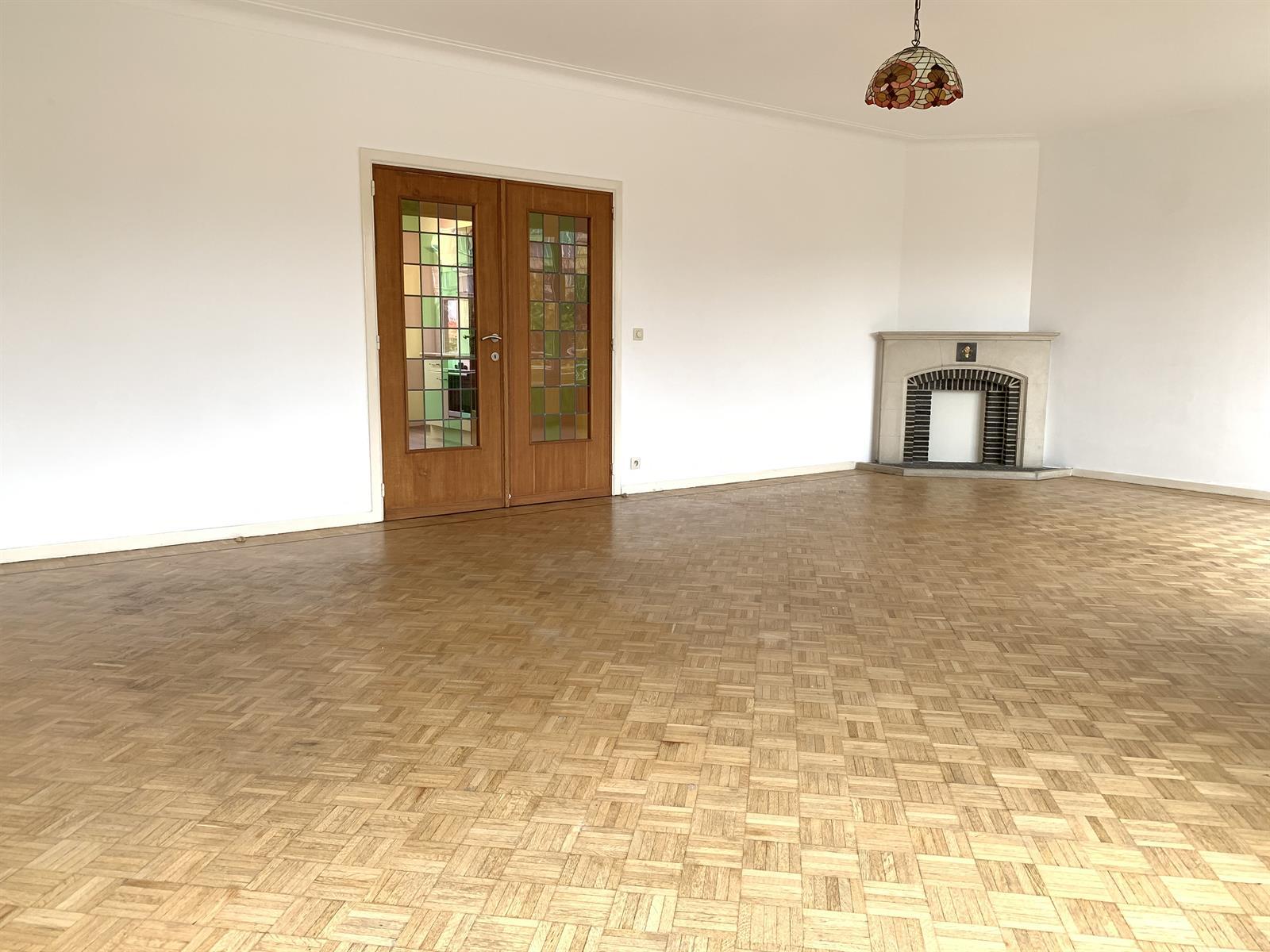 Appartement - Etterbeek - #4224211-4