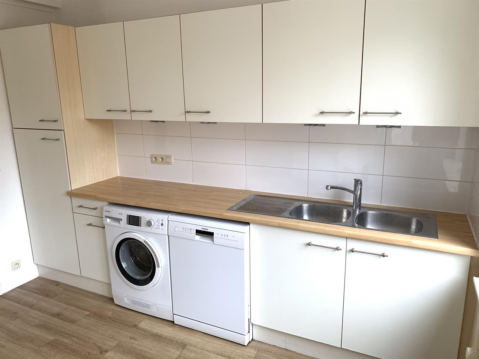 Appartement - Etterbeek - #4224211-6