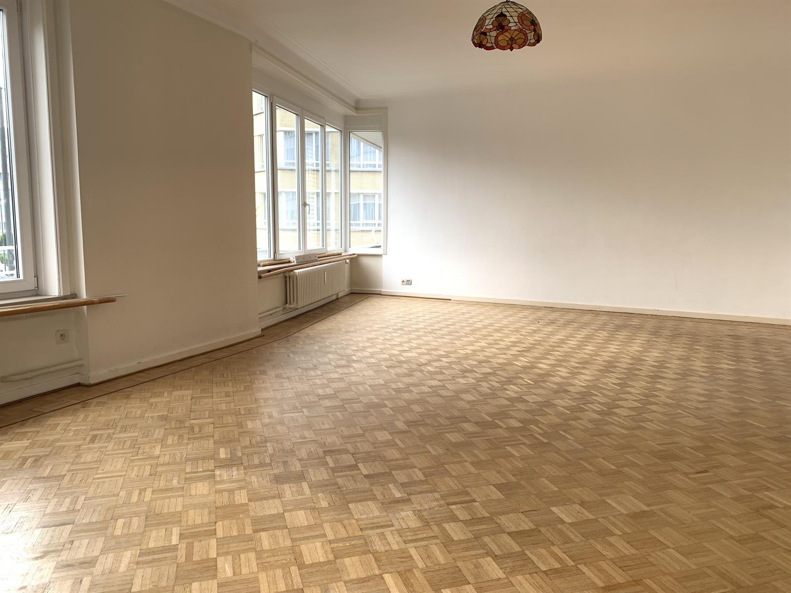 Appartement - Etterbeek - #4224211-2