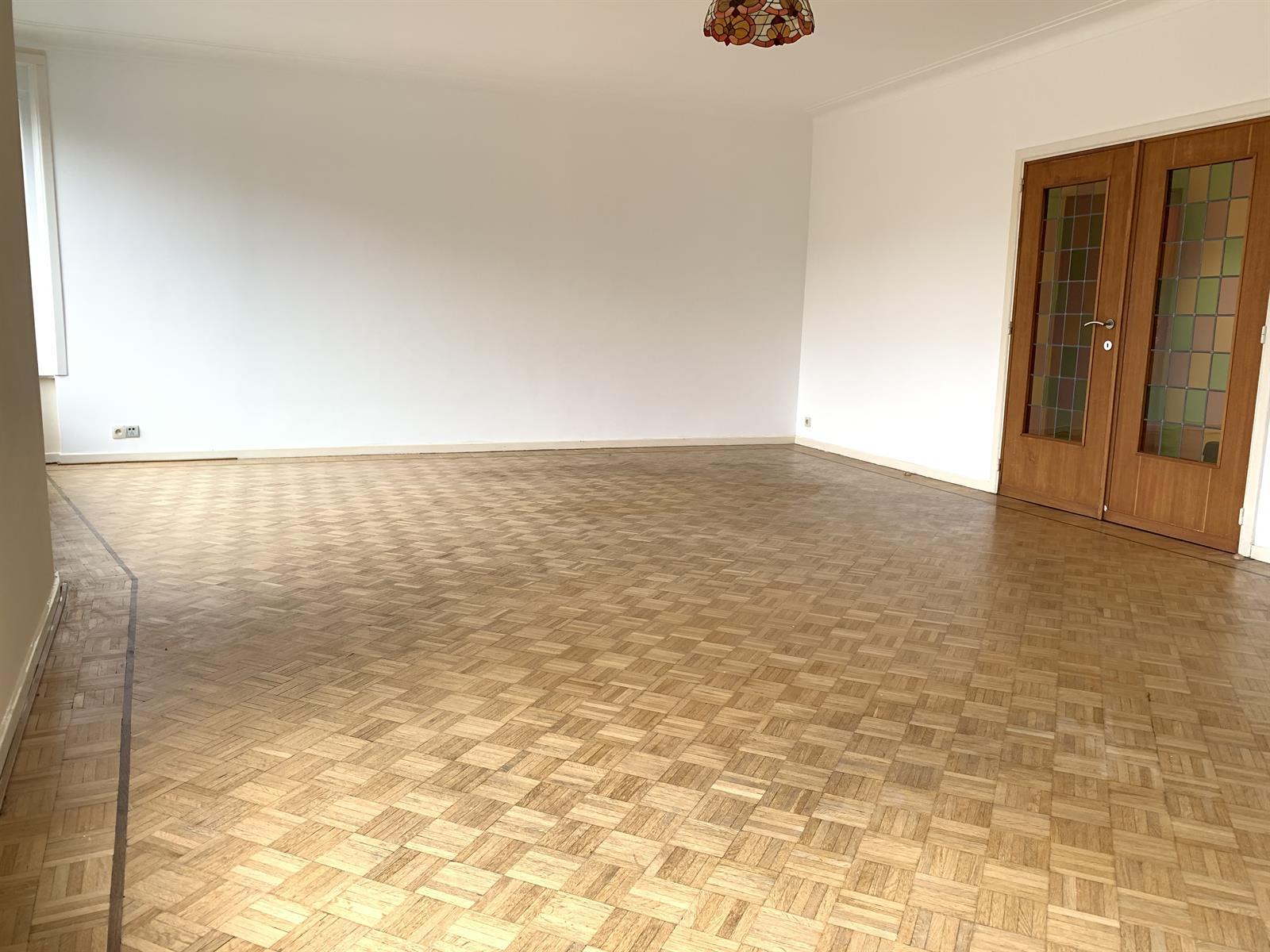 Appartement - Etterbeek - #4224211-3