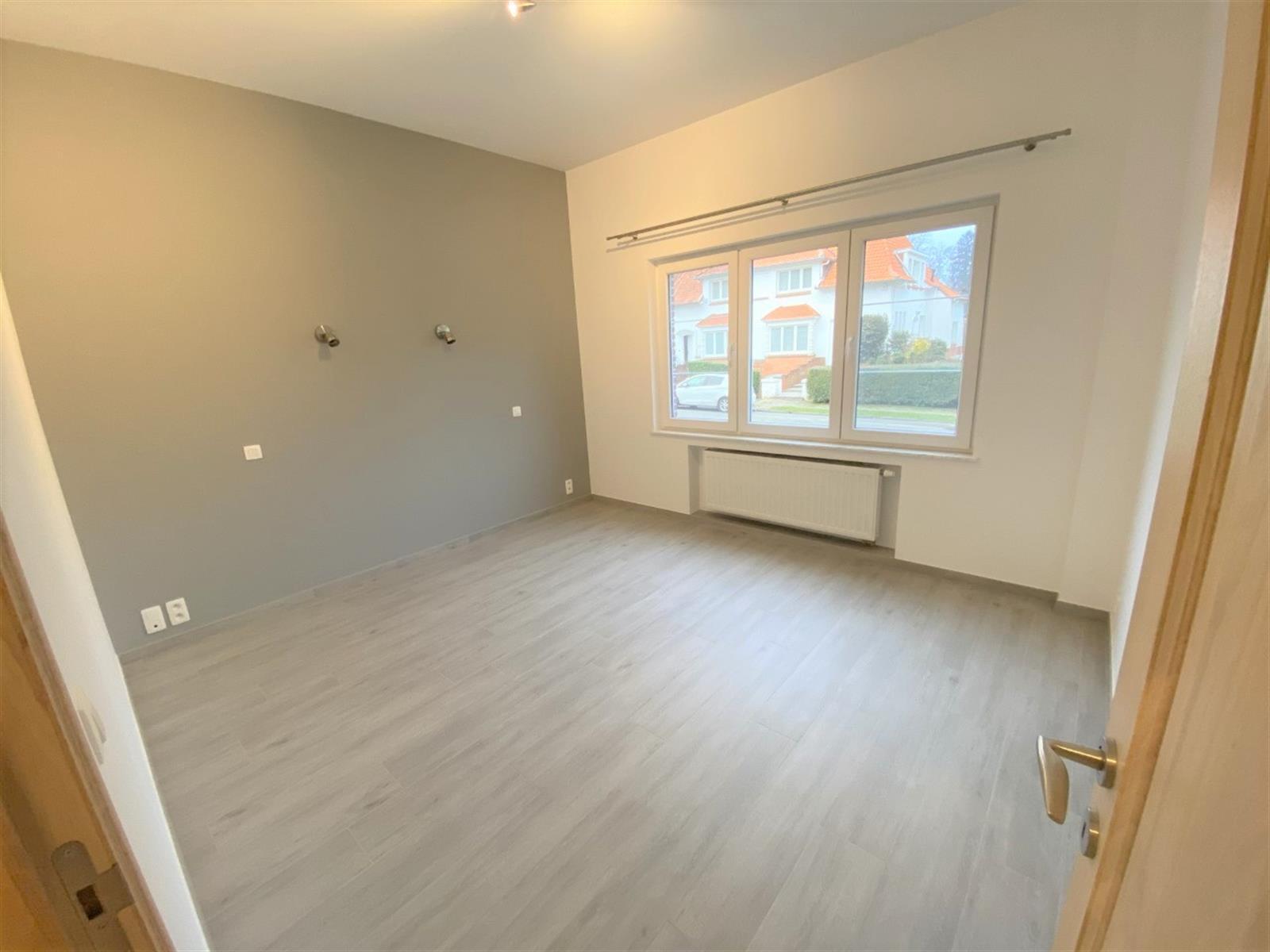 Gelijkvloerse verdieping - Uccle - #4241175-12